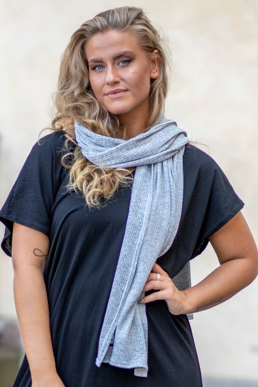 Knit Scarf Light Grey