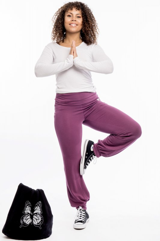 Yoga Stretch Plum